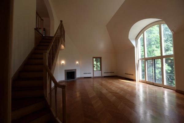 Bedroom in Huguette Clark house