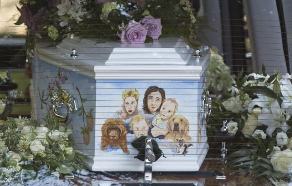 Image: A hearse carrying the coffin of Peaches Geldof