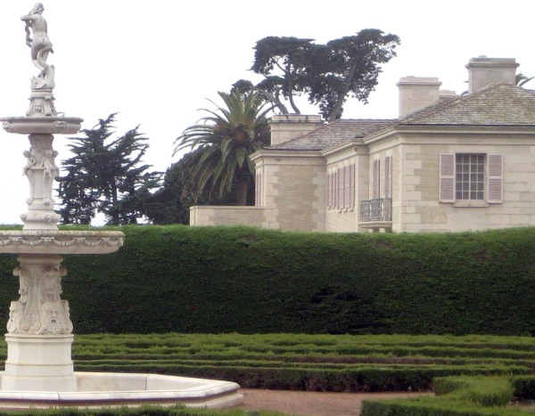 Image: The rose garden beside the mansion at Bellosguardo