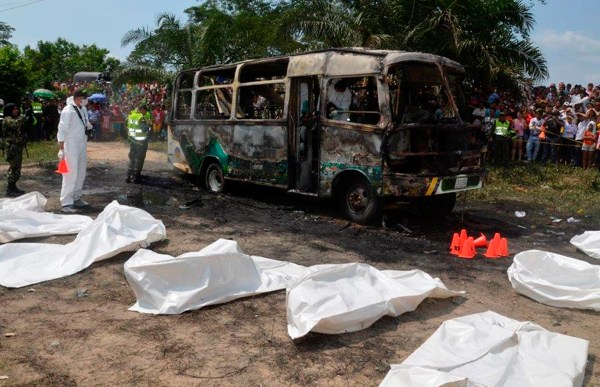 Image: Deadly bus fire in Colombia