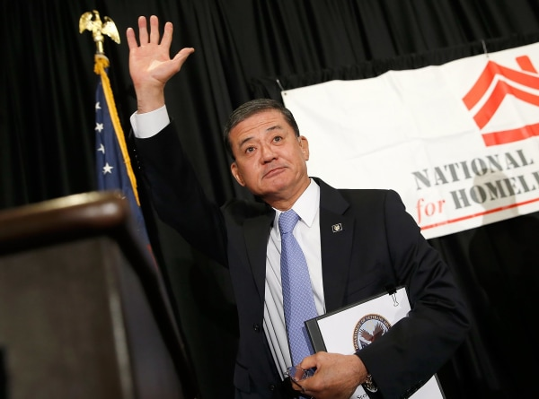 Image: Veterans Affairs Secretary Shinseki Addresses Homeless Veterans Conference