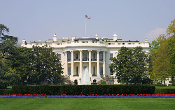 White House (Karen Bleier / AFP-Getty Images)