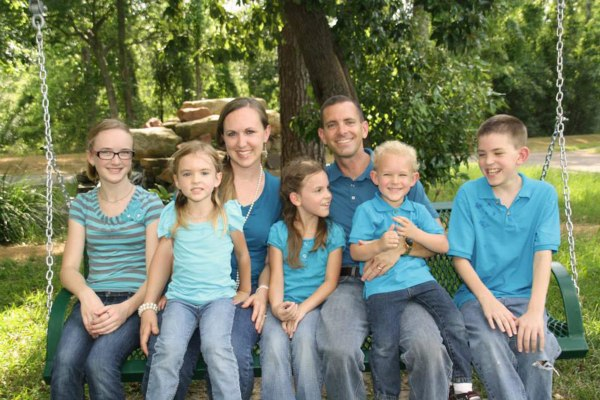 Stephen Stay and Katie Lyon Stay with their five children