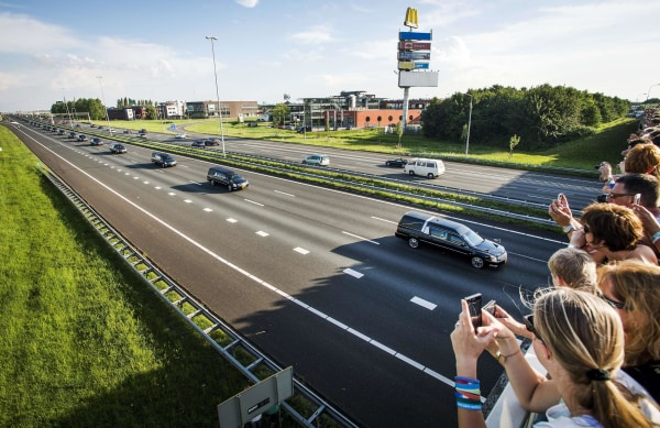 Image: NETHERLANDS-UKRAINE-MALAYSIA-AIRLINES-CRASH-VICTIMS