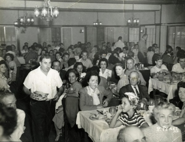 Image: The dining room at the Rifton Hotel and Country Club.