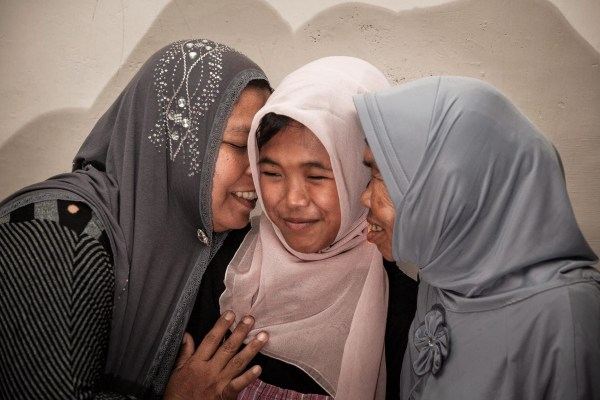 Image: Indonesia tsunami victim reunited with family