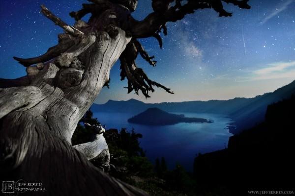 Image: Crater Lake meteor