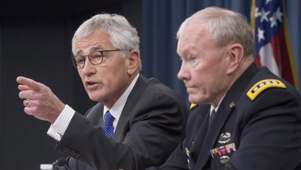 Image: Secretary of Defense Chuck Hagel, left, and Chairman of the Joint Chiefs of Staff General Martin Dempsey