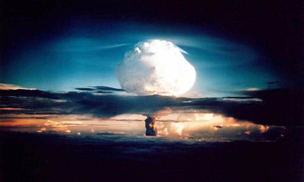 Image: Mushroom cloud in 1952