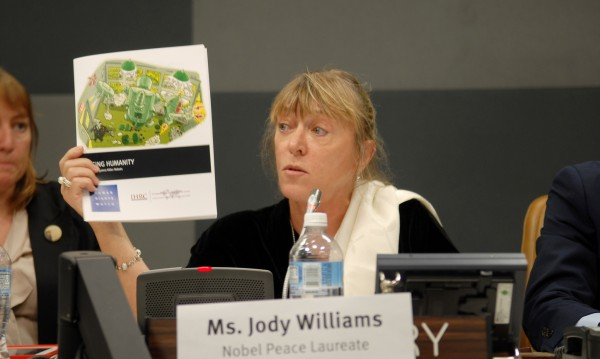Jody Williams Campaign to Stop Killer Robots