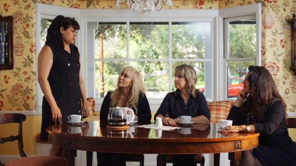 Image: Actresses from Now En Español in Desperate Housewives scenario