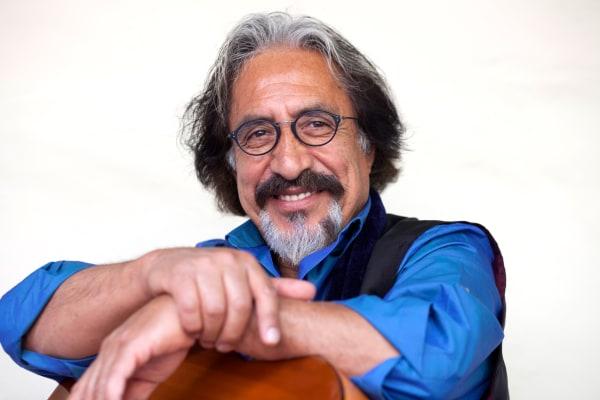 Image: Singer and songwriter Homero Oyarce