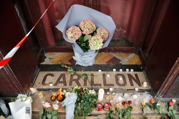 Image: Paris attacks aftermath - Le Carillon restaurant