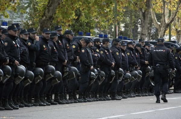 Image: FBL-ESP-LIGA-REALMADRID-BARCELONA-CLASICO