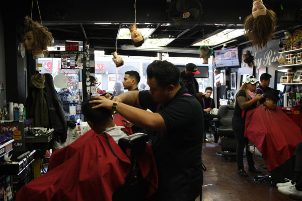 Barber Shop Forest Hills : Filthy Rich Barbershop Gives Celeb-Status Cuts With a Hometown Vibe ...