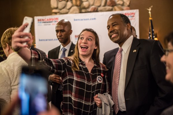 Image: Ben Carson Campaigns In Iowa