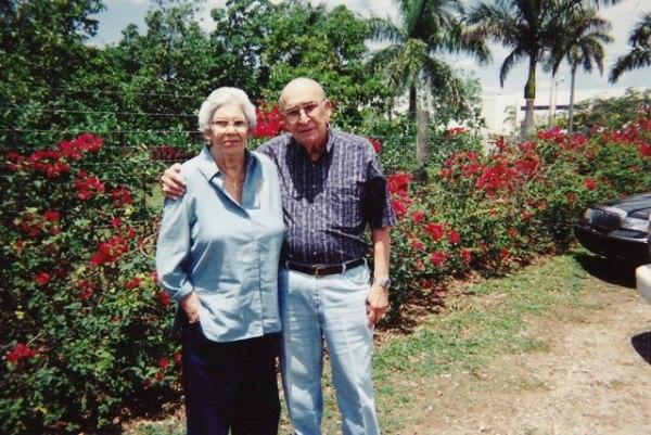 Dr. Ramon and Alicia Oyarzun in Miami, 1999.