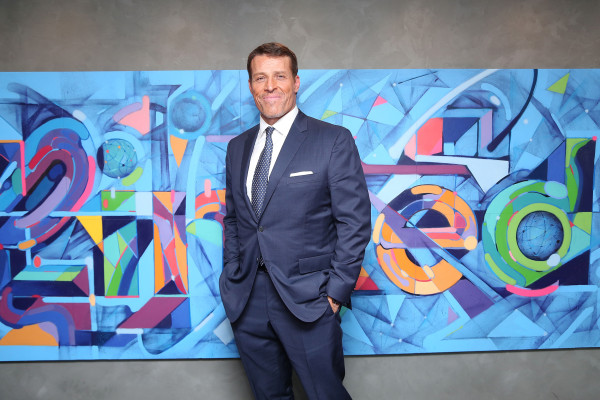 LinkedIn Presents: An Interview With  Dan Roth And Tony Robbins