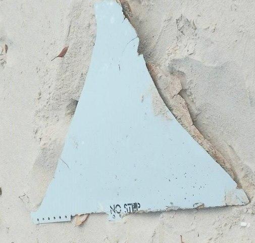 Image: Malaysia Airlines MH370 Mozambique Debri 3