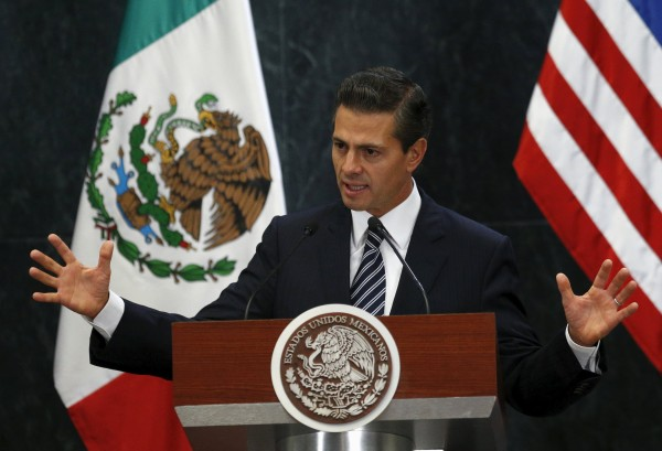 Image: Mexican President Enrique Pena Nieto delivers a speech next to the U.S. Vice President Joe Biden ,at Los Pinos presidential residence in Mexico City