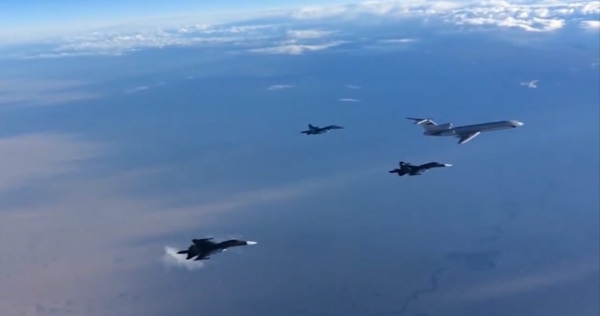 Image: First group of Russian warplanes leave Syria