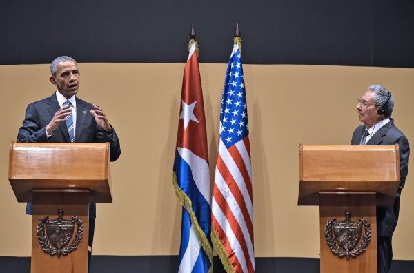 Image: CUBA-US-OBAMA-CASTRO