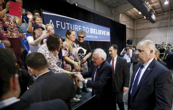 Image: Democratic U.S. presidential candidate Sanders greets supporters after speaking at a campaign rally in Phoenix