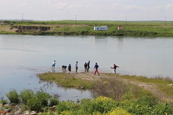 Image: Tigris River near Wana