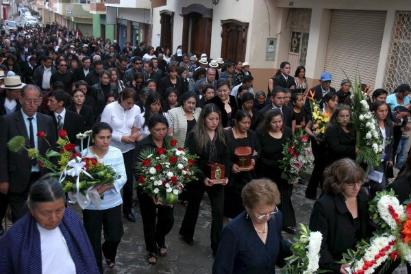 Image: IMMIGRANT FUNERAL