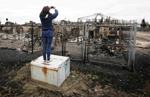 Image: Burned ruins in Fort McMurray