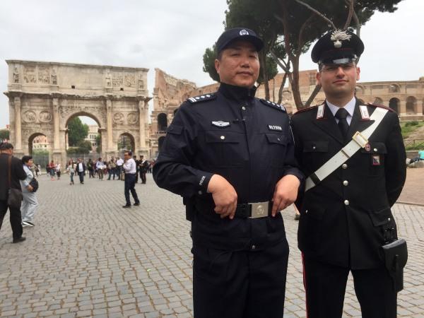 Image: Bo Pang and Italian police officer
