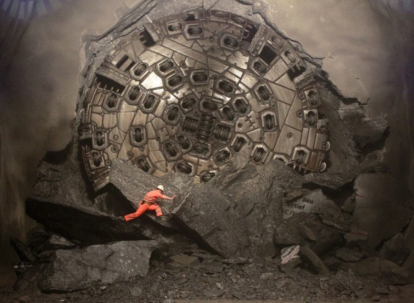 Image: A worker in Gotthard Base Tunnel on March 23, 2011