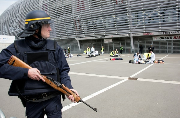 Image: Mock terrorist attack exercise in Lille, France, on April 21