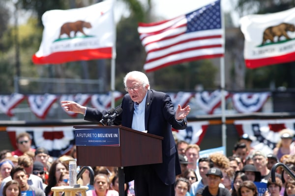 Image: Democratic U.S. presidential candidate Bernie Sanders speaks at a campaign event in Ventura, California