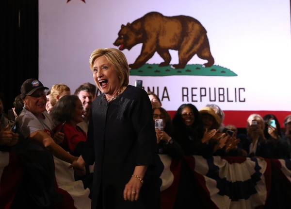 Image: Hillary Clinton Campaigns In California's Bay Area
