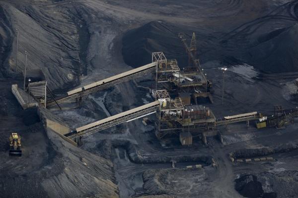 Image: Coal Slump Sends Mining Giant Peabody Energy Into Bankruptcy
