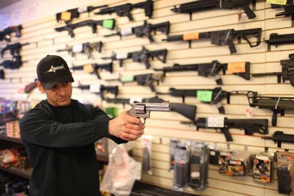 Image: BESTPIX - Obama Seeks To Tighten Loopholes In Gun Purchasing Regulations