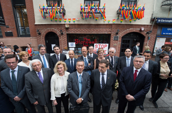 Images 17 UN Envoys Vow to Fight for LGBT Rights Around the World - NBC News 4
