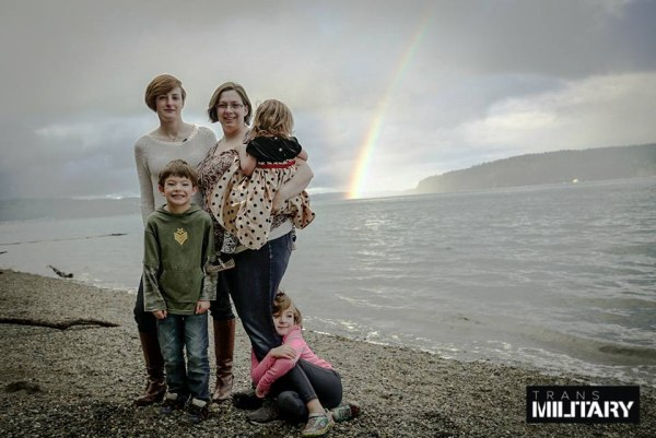 Army Captain Jennifer Peace and family