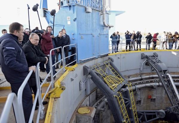 Image: Vladimir Putin visits the Vostochny Cosmodrome