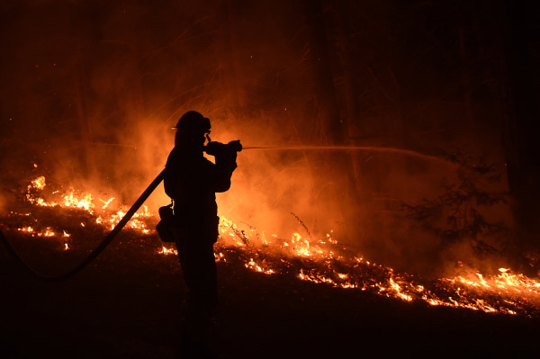 Images Progress Made Against Wildfire North of L.A., While Big Sur Blaze Grows  - NBC News 4