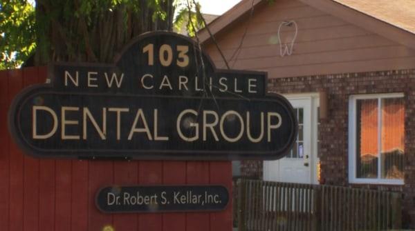Image: Dental office sign