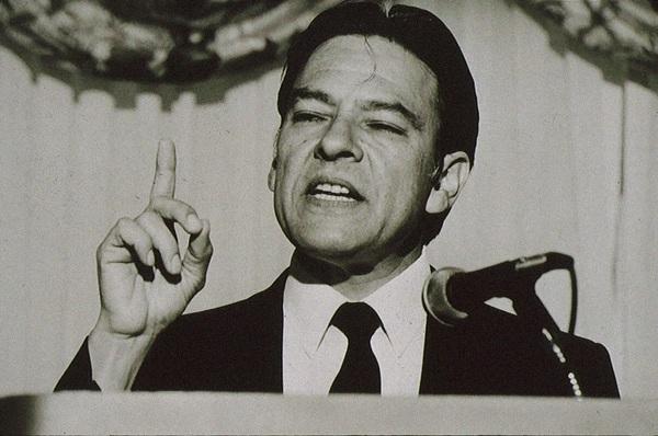 Undated photo of Willie Velasquez giving a speech.