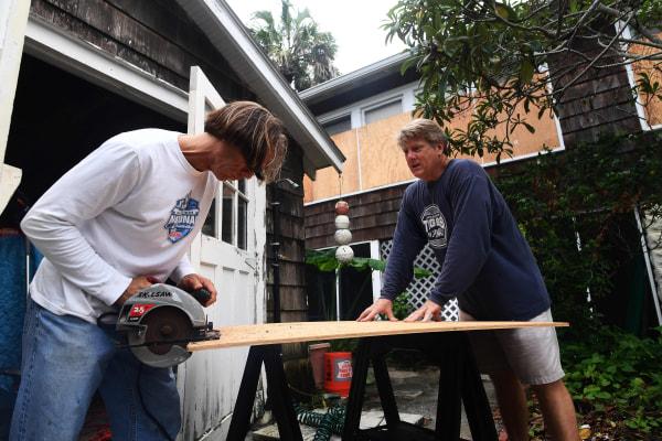 Image: Hurricane preparations in Florida