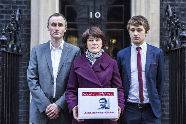 UK - Petition - Pardon 49,000 Gay men