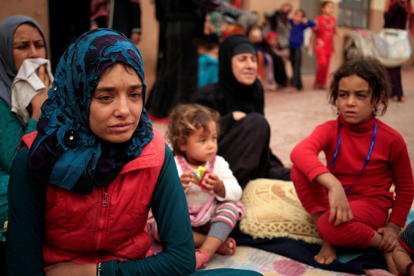 Image: Women and children who fled ISIS-held Hawija