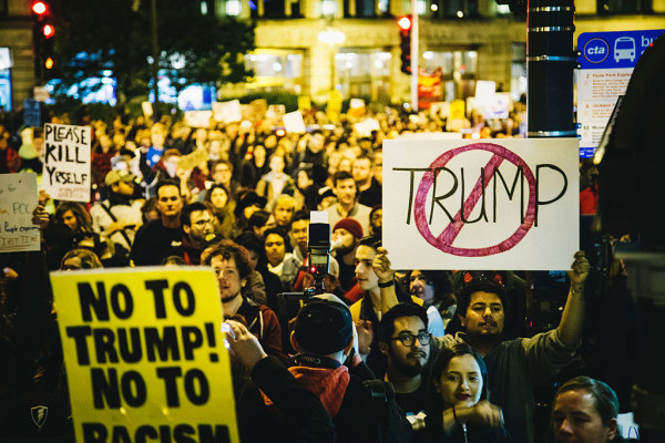 Protestors clash with police at Chicago's Trump Tower