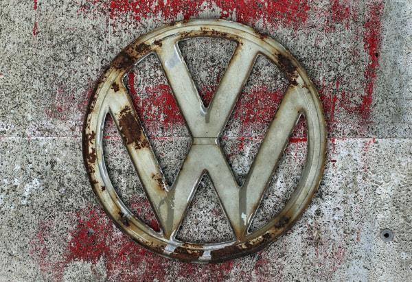 Image: Rust-covered Volkswagen logo