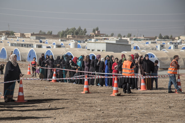 Image: Displaced Iraqi women in Khazer Camp