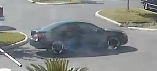 Image: The vehicle scene fleeing scene after the shooting in San Antonio
